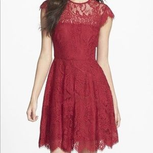 BB Dakota red lace Rhianna dress size 4